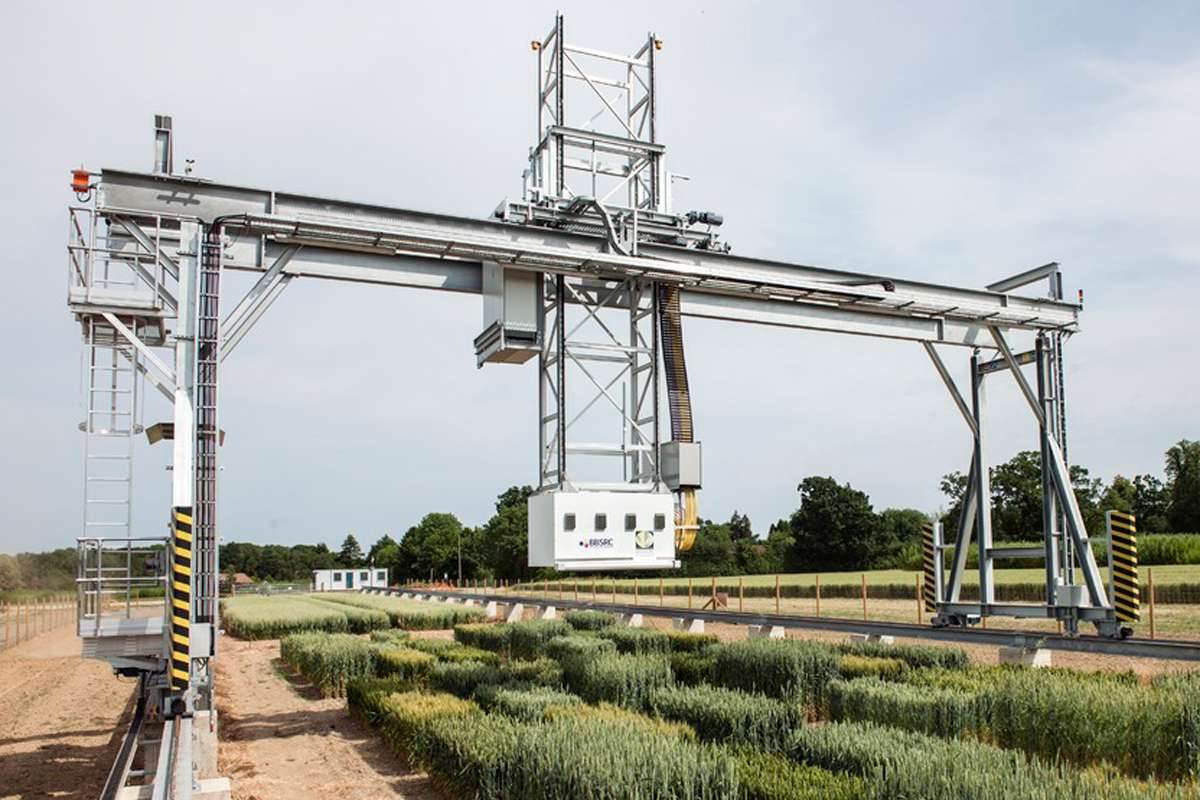 Scanalyser. Field Phenotyping Platform. Industrial Strategy. Credit: Rothamsted Research