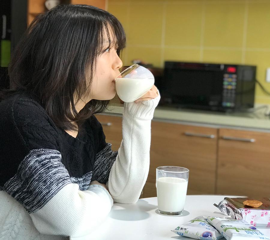China milk thirst Credit: Wang Xuan